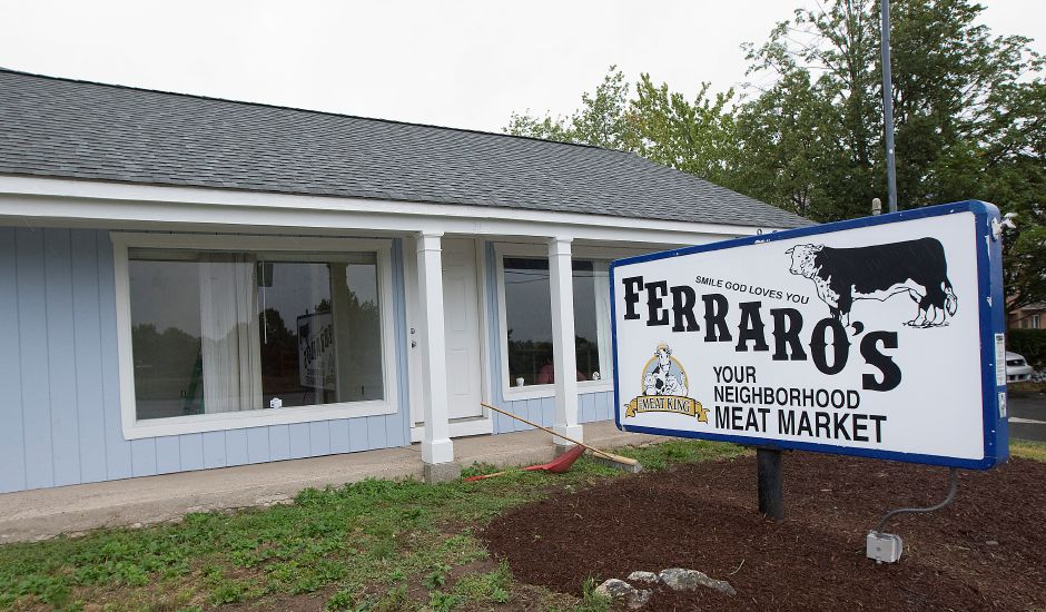 Ferraro's closes location on Route 5 in Meriden, will