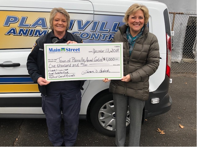 From left: Donna Weinhofer, Plainville Animal Control Officer, and Susan Sadecki, President & CEO of Main Street Community Foundation.