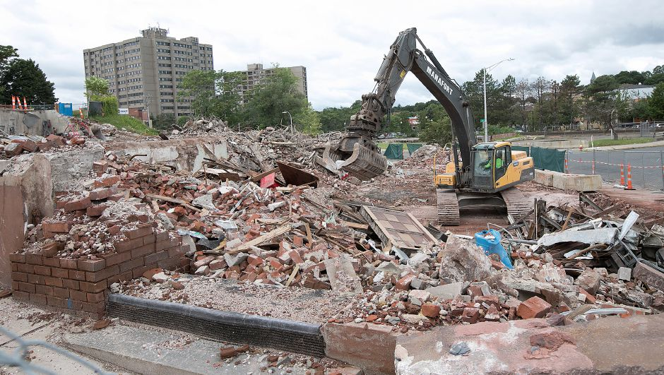 Demolition continues on the former Record-Journal building at 11 Crown St. in Meriden, Tuesday, August 8, 2017. | Dave Zajac, Record-Journal