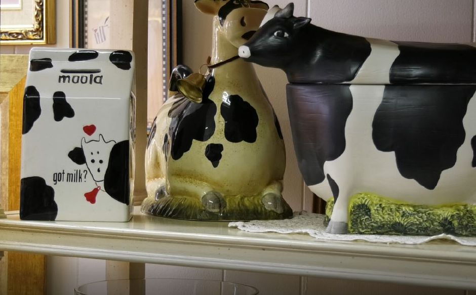 Cow-themed items at Cindy