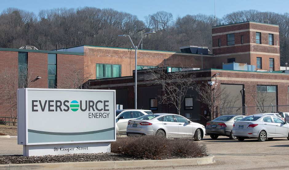 Eversource Energy on Cooper Street in Meriden, Tues. Feb. 5, 2019. Dave Zajac, Record-Journal