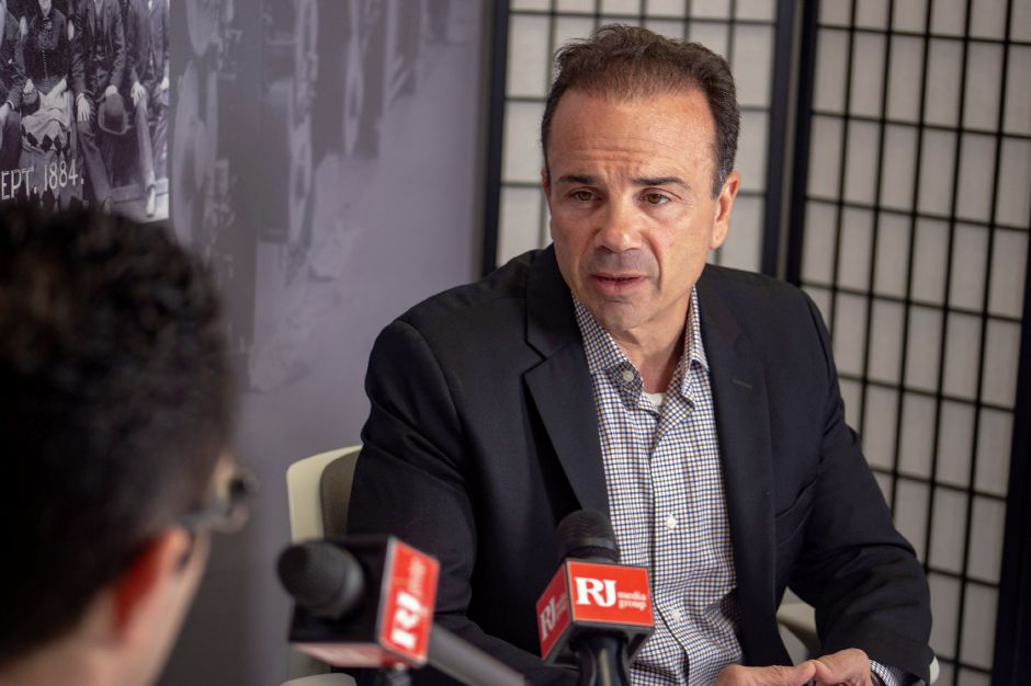 Bridgepart Mayor Joe Ganim, a Democrat, talks with Record-Journal editor Mike Savino about running for governor. | Richie Rathsack, Record-Journal