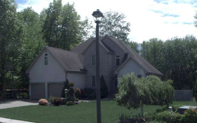 Ross E. Cook, Jr. and Janis Cook to Alan and Amanda Grabowski, 130 Monarch Drive, $450,000.