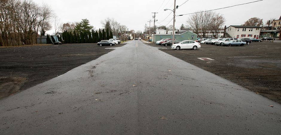 A view of the new public parking lot at the end of Wallace Avenue in Wallingford. Photos by Dave Zajac, Record-Journal