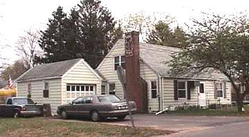 US Bank NA Tr to Leslie Curnow and Thomas McLear, 29 Rice St., $89,900.