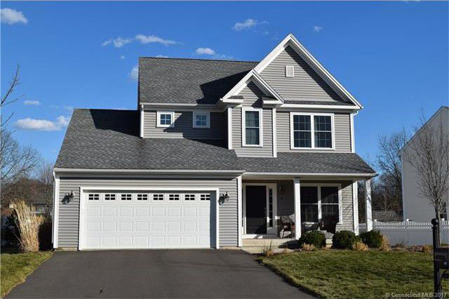 Jason W. Newby and Andrea L. Leschak to Brian Kenney, 4 Twin Pines Drive, $420,000.