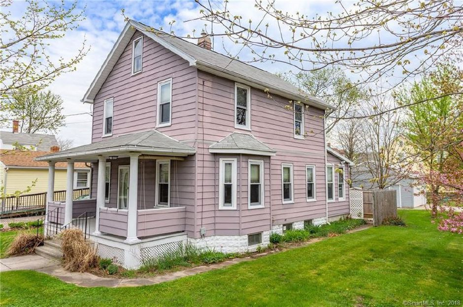John and Patricia Ripley to Rebecca Harris, 43 Prospect St., $189,900.