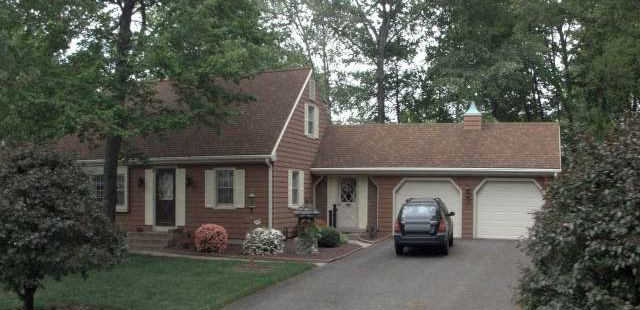 Estate of Lorraine M. Douglas to Ridge Three Realty, LLC, 199 Beechwood Drive, $260,000.