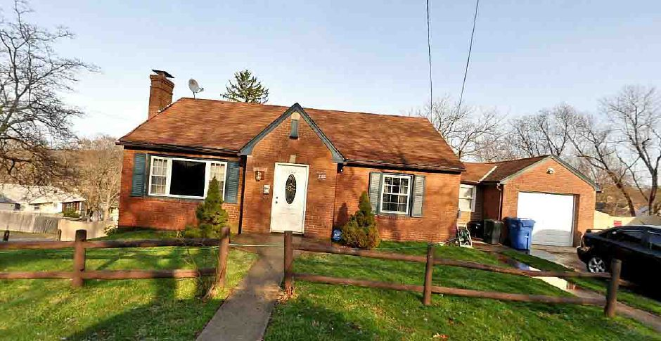 Joann Oakes to Emilio Toledo, 202 Carter Ave. Ext., $117,500.