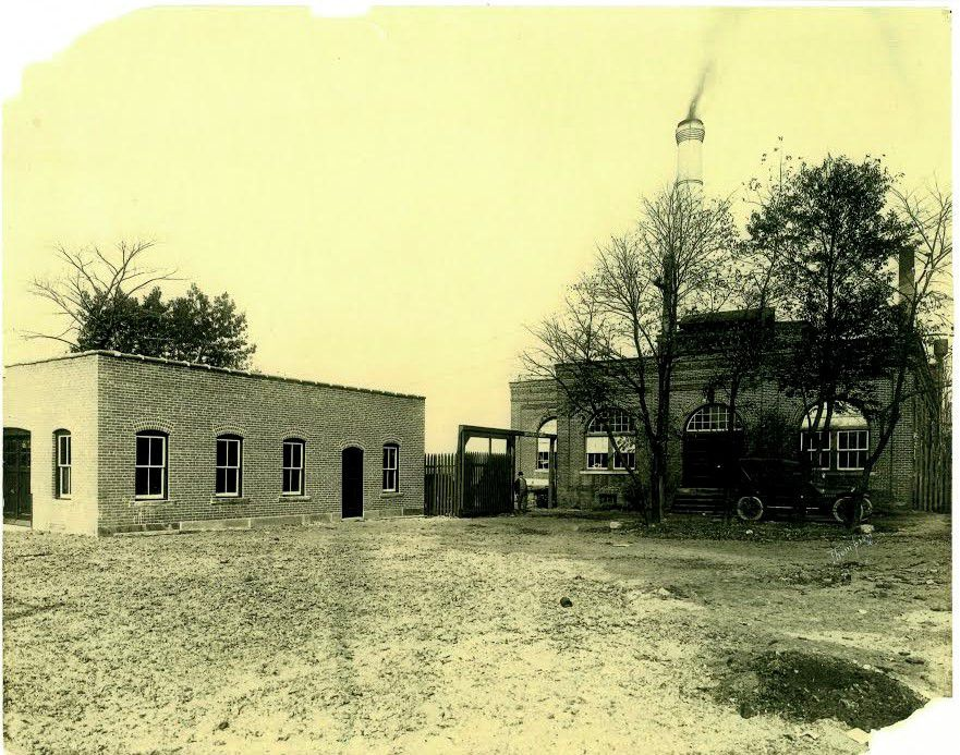 Left: The Borough of Wallingford Electric Works office building, left, and generating plant in the early 1920s. Smoke coming from the  chimney indicates photo was before 1923, when BEW began buying power from CL&P. Right: Construction of the Borough Electric Works electricity generating plant, on Washington Street, in 1899. For more photos, visit us online at www.myrecordjournal.com. Photos courtesy of Robert Beaumont, Wallingford Historical Society