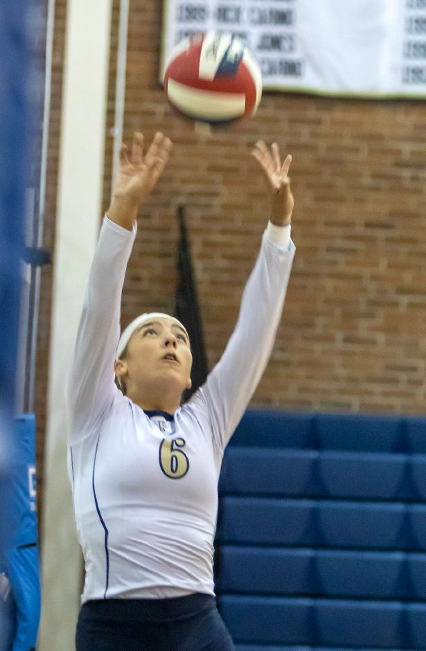 Caitlyn Hart handed out 23 assists, served nine aces and got to seven digs to lead the Platt volleyball team to a 3-0 sweep of Berlin on Friday evening.