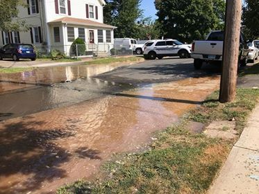 Emergency crews respond to a water main break on Valley Street in Wallingford Monday. | Photo Courtesy Sherlyn Avila