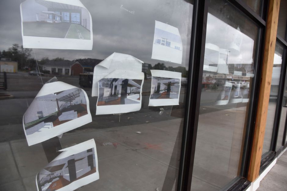 Part of Washington Commons shopping mall off Washingon Avenue in North Haven under construction on Monday, Oct. 15, 2018. Several new businesses, including a fitness center, kickboxing studio, and credit union are slated open by early 2019. | Bailey Wright, Record-Journal