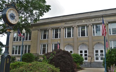 FILE: Wallingford Town Hall | Record-Journal