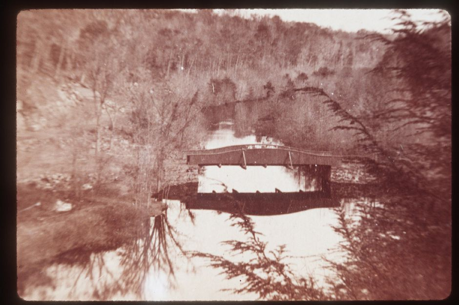 This is Red Bridge in Meriden as a covered bridge in the 1880