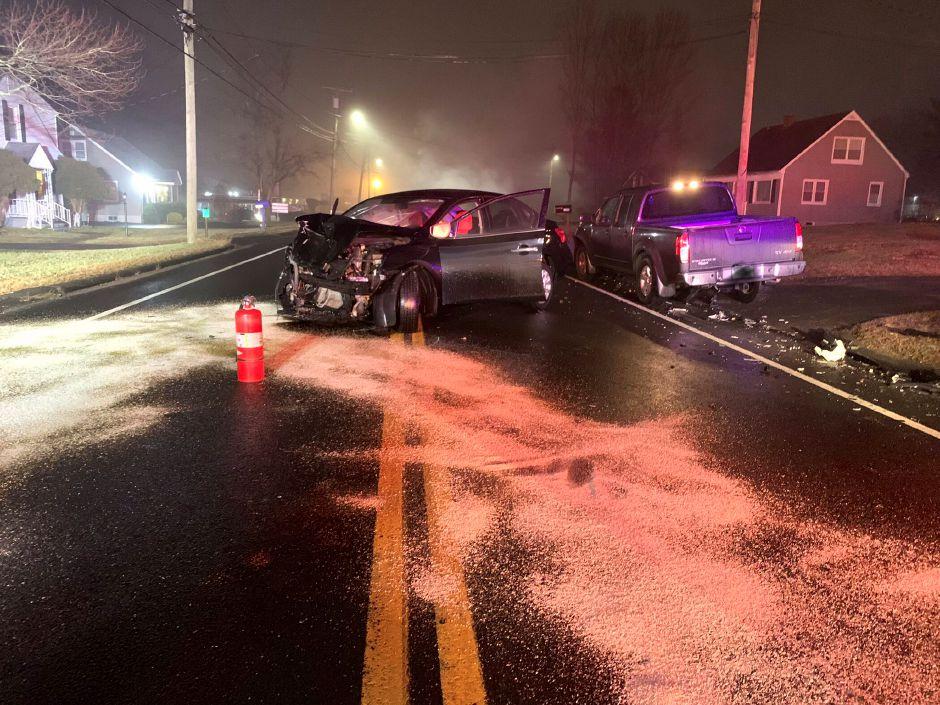 Emergency crews respond to crash in Southington on Meriden
