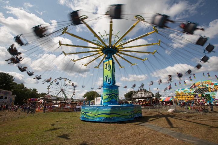 The Yo Yo swing ride Sunday during the 75th Annual North Haven Fair in North Haven September 10, 2017 | Justin Weekes / For the Record-Journal