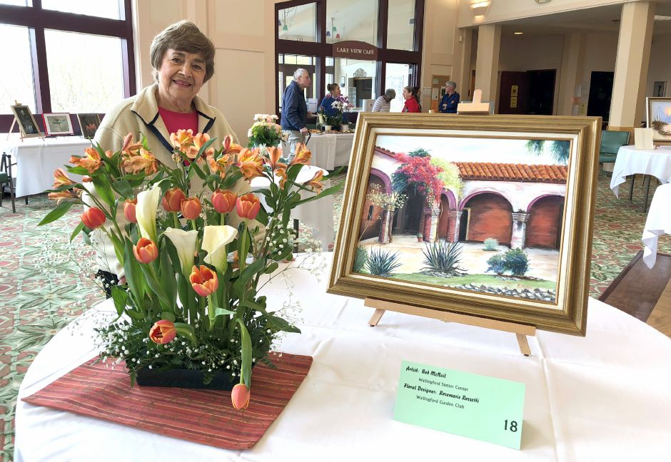 Rosmarie Rossetti made this beautiful arrangement to highlight Bob McNeil