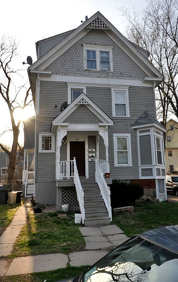 FHLM to Prime Homes of CT LLC, 40 Elliott St., $78,200.