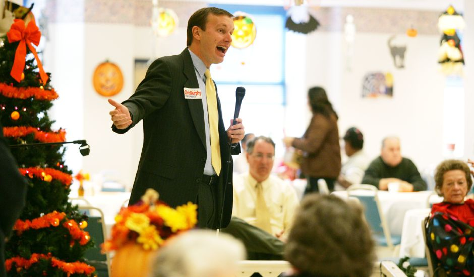 State Sen. Christopher Murphy, speaks to seniors at the Meriden Senior Center in Meriden Tuesday morning October 31, 2006. Chris Angileri/Record-Journal.