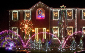 FILE PHOTO: An elaborate Christmas light display at 14 Lovley Drive in Southington, Wednesday, December 17, 2014. | Dave Zajac / Record-Journal