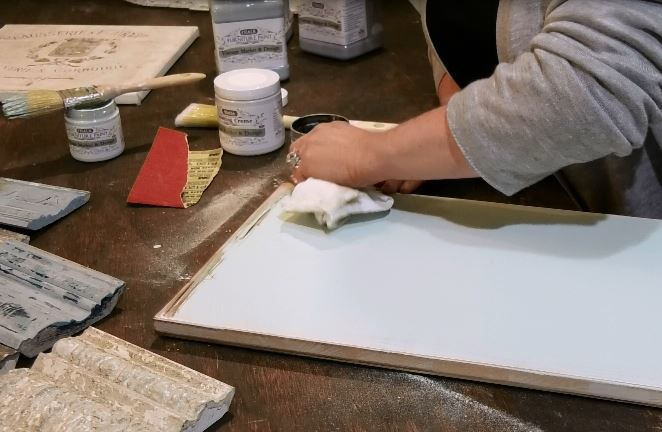 Chalk painting classes are held at The Posh Pear, 830 S. Main St. (Rte. 10), Cheshire, hosted by owner Traci Selinske. Thursday, Jan. 31, 2019. | Ashley Kus, Record-Journal