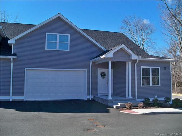 Kathryn Feeney to Clement and Donna Burlingame, 68 Colonial Hill Drive, Unit 68, $210,000.