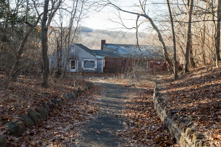 The former Choate boathouse on Washington Avenue has been proposed by the town for demolition Friday November 23, 2018 | Justin Weekes / Special to the Record-Journal