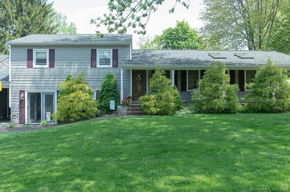 Eric J. Durand and Alice M. Durand to Lindsey Chicoine and Jesse Corbeil, 821 Main St., $230,900.