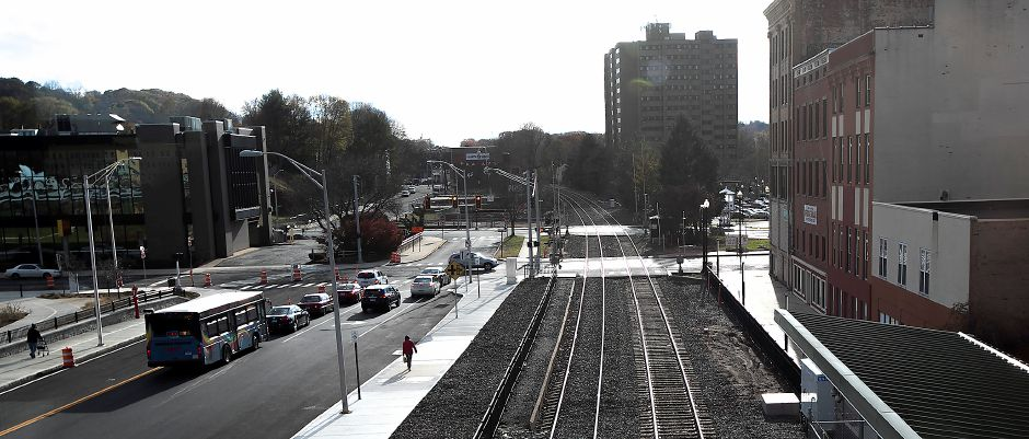 View looking south from the Meriden train station pedestrian bridge Monday, Nov. 20, 2017. The station opened Friday. | Dave Zajac, Record-Journal