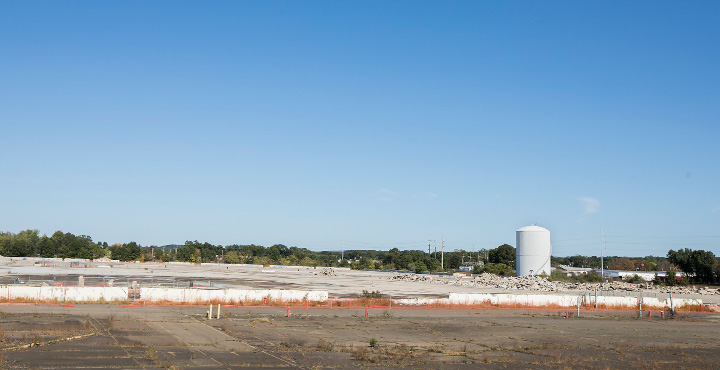 Future site of an Amazon distribution center and warehouse facility at 415 Washington Ave. in North Haven, a 168 acre property off Route 5 formerly used by Pratt & Whitney, Thursday, October 12, 2017.    | Dave Zajac, Record-Journal