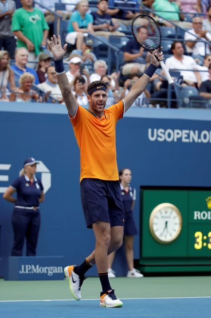 Juan Martin del Potro, of Argentina, celebrates after defeating John Isner during the quarterfinals of the U.S. Open tennis tournament, Tuesday, Sept. 4, 2018, in New York. (AP Photo/Carolyn Kaster)