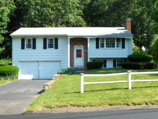 Jonathan R. and Jessica T. Bardelli to Peter W. and Lynn C. Vaughn, 110 Creamery Road, $247,000.