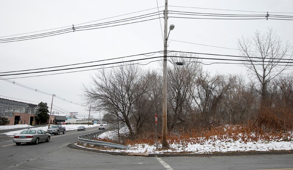 The corner of Beaumont Road and North Colony Road in Wallingford, where a small shopping center is proposed.Dave Zajac, Record-Journal
