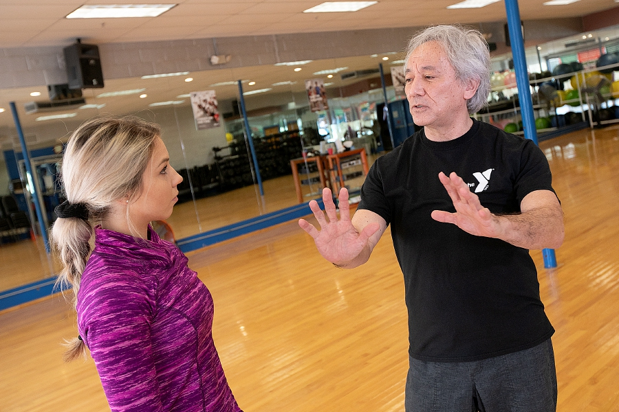 Tai Chi instructor George Donahue, of Meriden, talks with Kristen Dearborn at the Wallingford YMCA, Fri., Jan. 25, 2019. Dave Zajac, Record-Journal