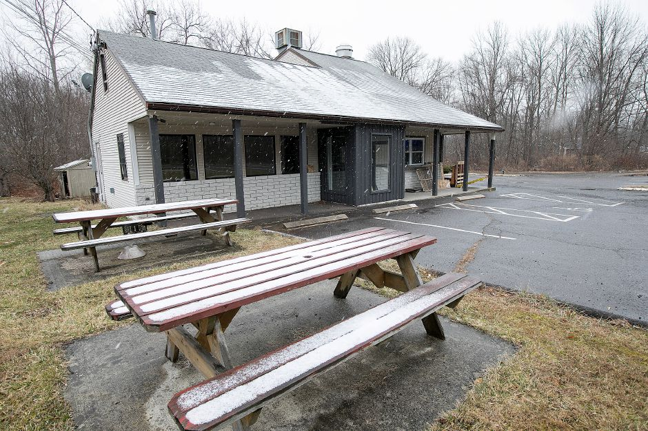 The former Formaggio's Apizza at 1244 Meriden Ave. is under renovation  in Southington. Dave Zajac, Record-Journal