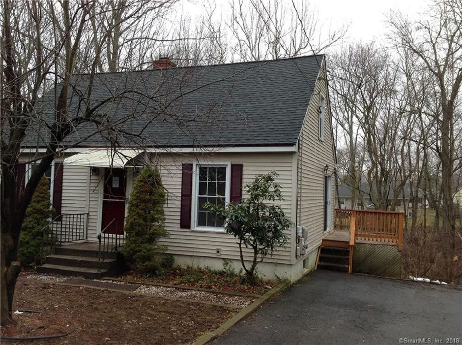 CHFA to Collin P. Gallagher-Paeth and Audrey R. Radzumas, 104 Ivy Drive, $143,000.