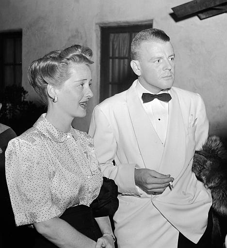 Actress Bette Davis is seen with her husband Arthur Farnsworth, Aug. 22, 1941, in Los Angeles.  (AP Photo)