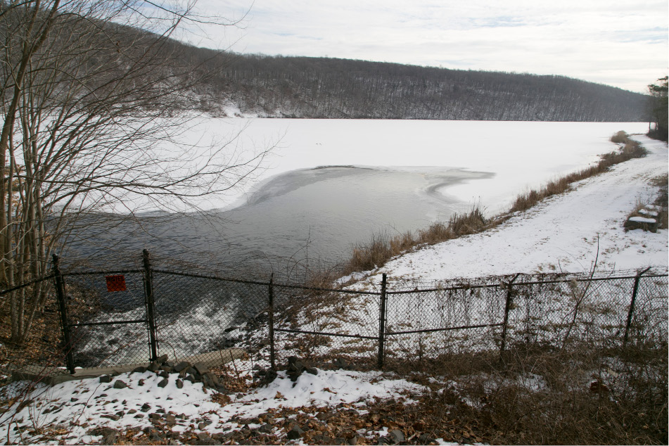 FILE PHOTO: Pistapaug Reservoir, on the eastern border of Wallingford, is feed primarily by pumps that bring water from MacKenzie Reservoir, Jan. 31, 2014.| Christopher Zajac / Record-Journal