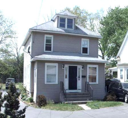 James Larosa to Michelle Slimak, 316 Main St., $164,700.