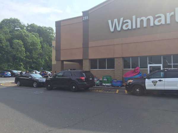 Southington The Walmart On Queen Street Was Evacuated