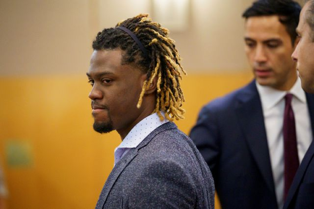 Charges dropped in Phillies' Herrera domestic assault case