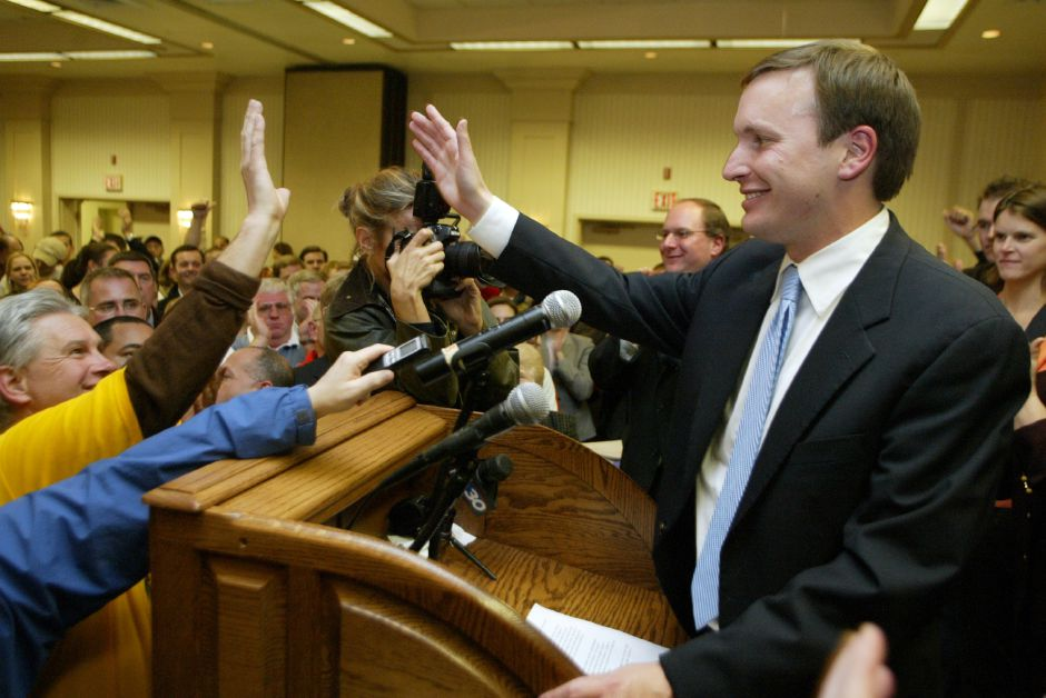 Chris Murphy thanks supporters while celebrating his victory over Nancy Johnson at the Courtyard by Marriott in Waterbury Tuesday November 7, 2006. (dave zajac photo)