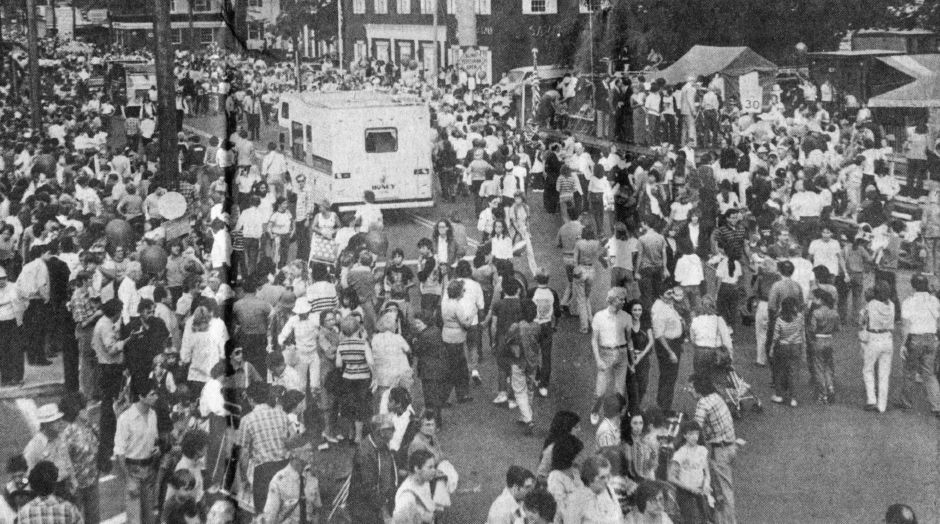 Crowds on the last day of the 1983 Apple Harvest Festival in Southington, | (Record-Journal file)