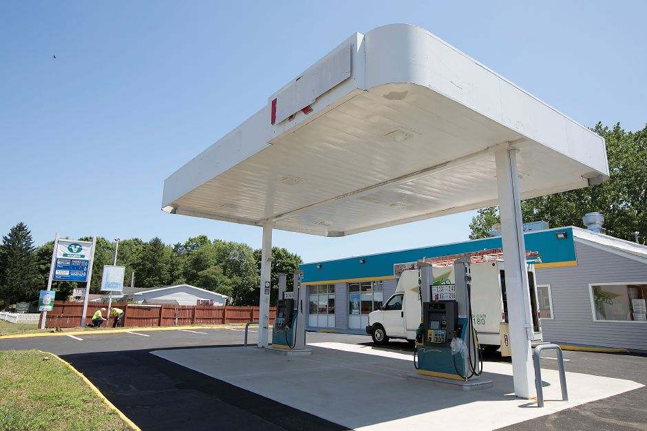 The new Valero gas station and food mart at 68 N. Turnpike Rd. in Wallingford, Thursday, July 12, 2018. The business opens Friday. Dave Zajac, Record-Journal