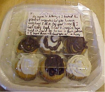 Cupcakes and a note from someone identified only as Anthony surprised a Wallingford woman.