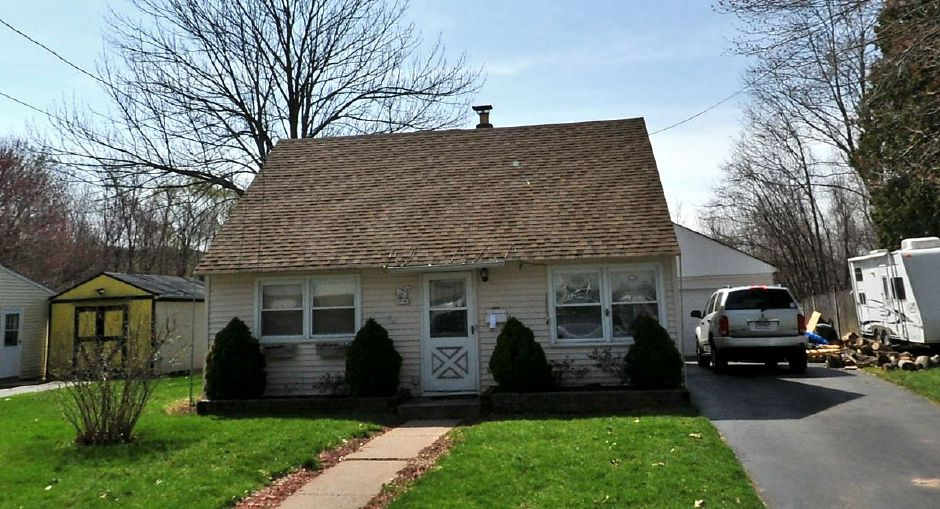 Louis A. and Pamela S. Cifone to Louis A. Cifone, 174 Glen Hills Road, $150,000..