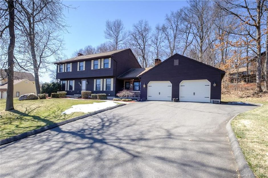 23 Peach Orchard Hill, Plainville