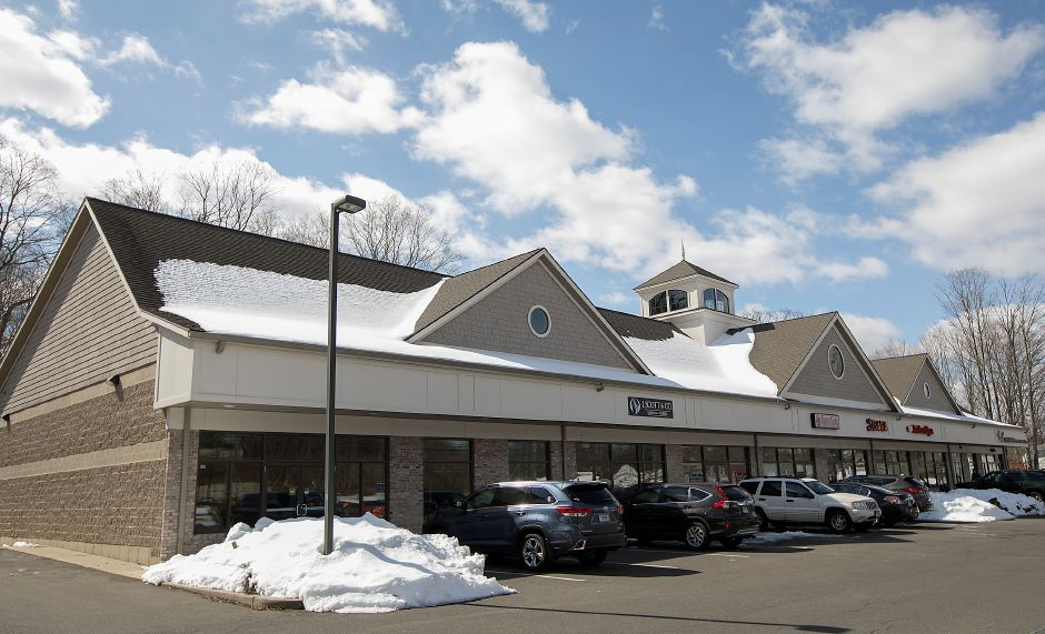 A medical marijuana dispensary has been proposed for a storefront, left, in the Sundad Plaza at 1371 E. Main St. in Meriden, Friday, March 16, 2018. Dave Zajac, Record-Journal