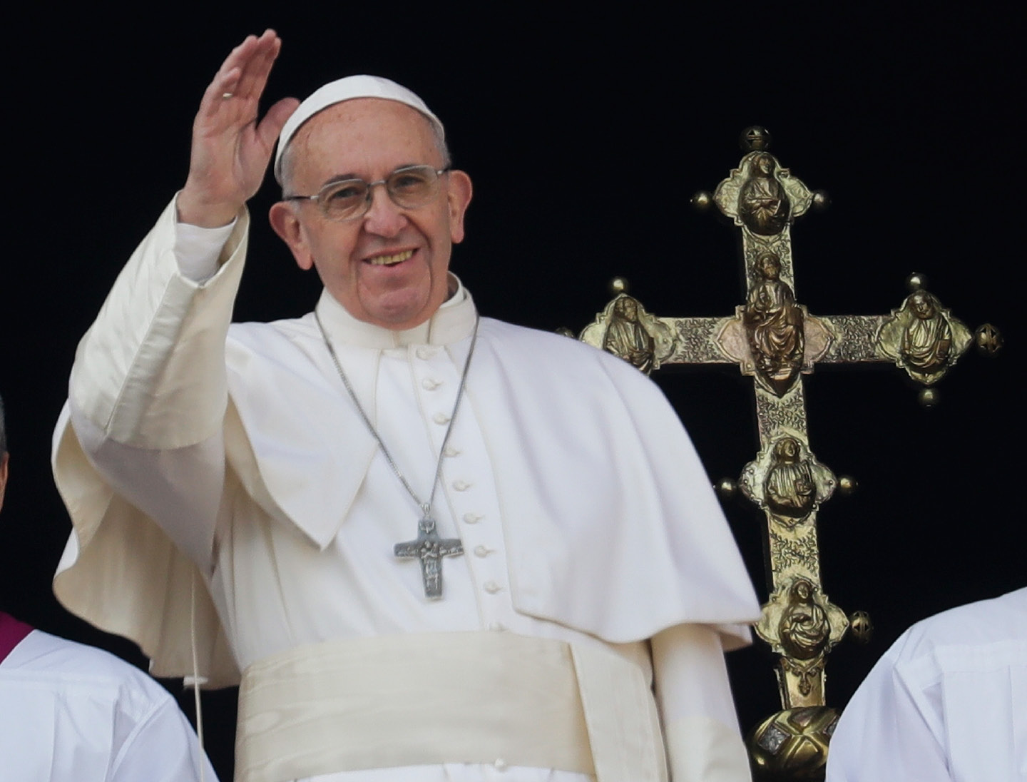 Pope Francis delivers the Urbi et Orbi (Latin for
